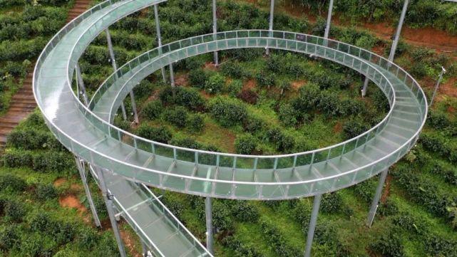 高空玻璃漂流茶山项目将于10月1日开门迎客