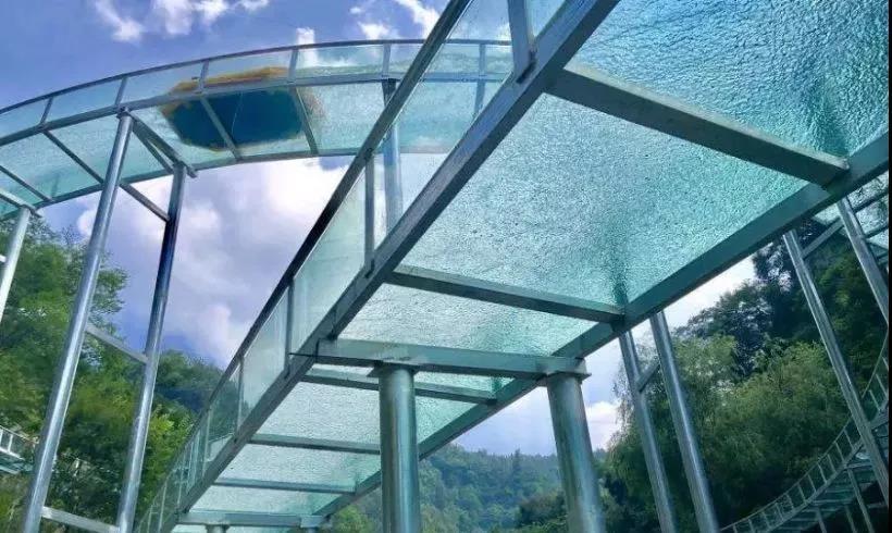 玻璃漂流-桐庐山湾湾景区-大齐旅游建设